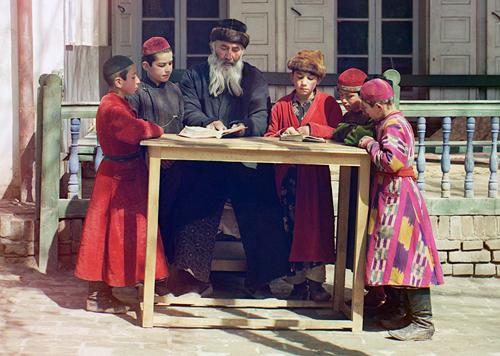 sergei mikhailovich prokudin-gorskii-jewish children in samarkand-1910